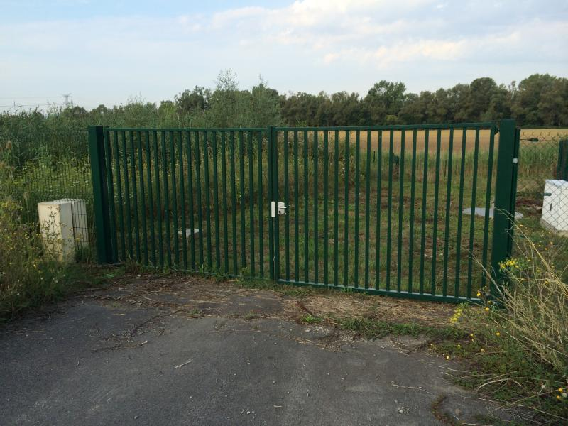Portail barreaud standard portillons portails for Portail coulissant hauteur 1m50